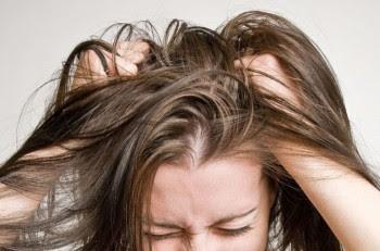 Cara Menghilangkan Ketombe Dan Mengatasi Rambut Rontok Secara Alami Yang Mulai Parah