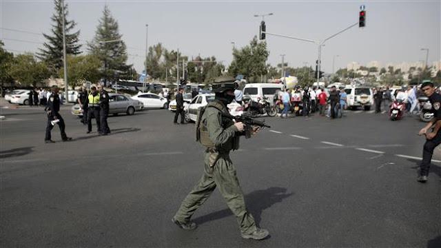 http://2.bp.blogspot.com/-XSwPMRLpHKg/Victd9eviEI/AAAAAAAAjNQ/1V6TEkMhoxY/s1600/soldier-secures-ABNS.jpg