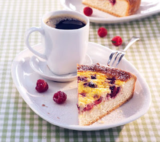 Coconut and berry cake recipe