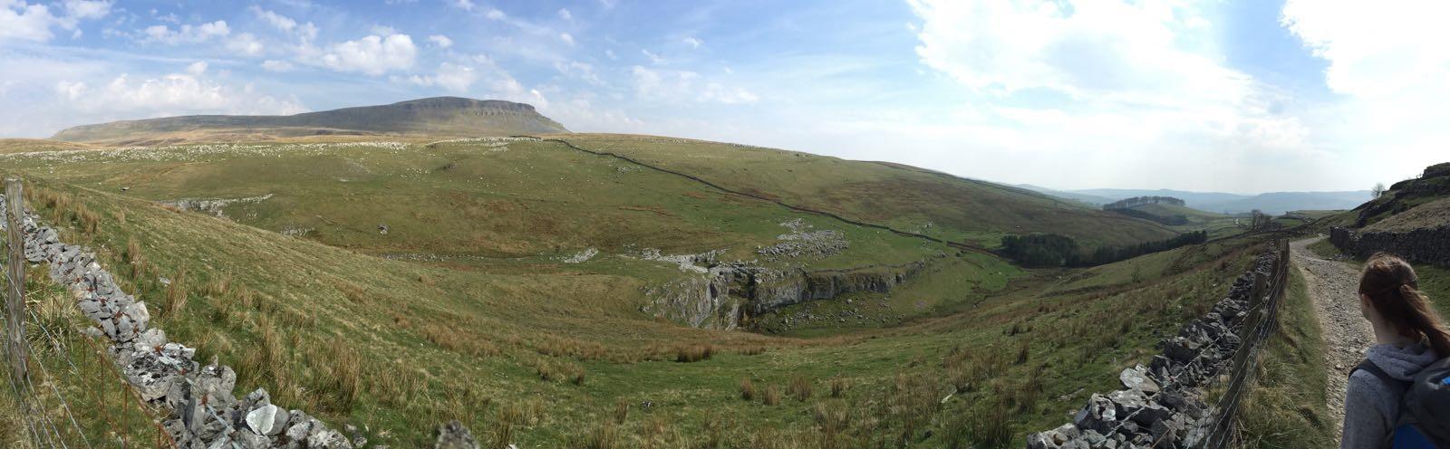 Yorkshire Dales - walking Pen-Y-Ghent