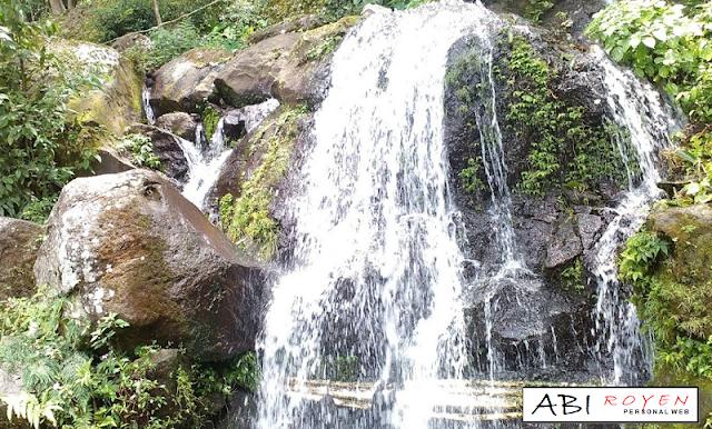 Tempat Wisata Di Bandung Yang Paling Hits Sendang Geulis Kahuripan