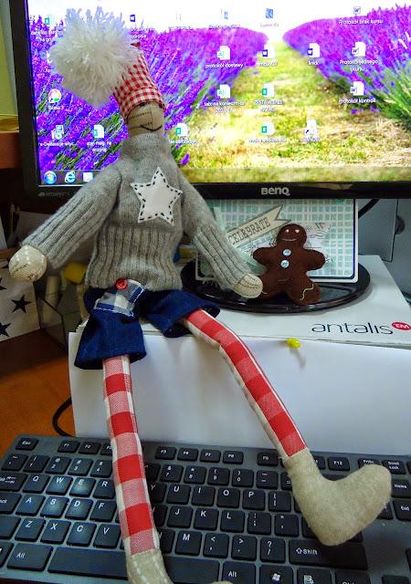 świąteczna dekoracja, prezent na święta skrzat, zanawka hand made