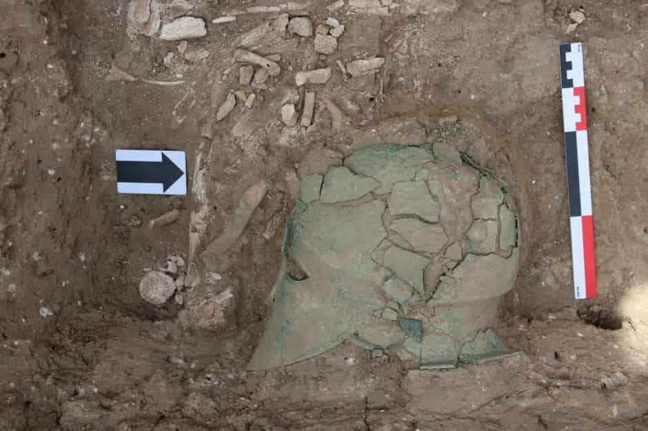 Βρέθηκε στη Ρωσία Αρχαία Κορινθιακή Περικεφαλαία σε Ανασκαφές
