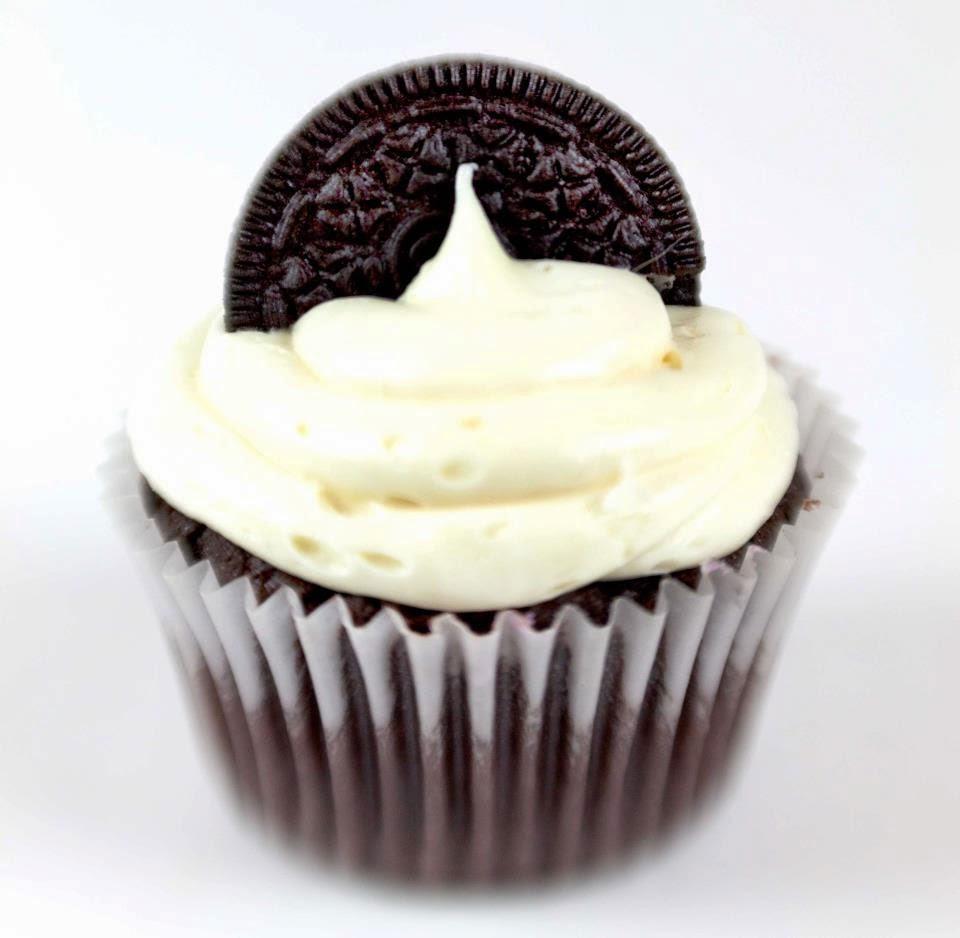 Cupcakes con Oreo y chocolate blanco