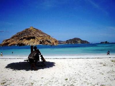 Wisata Pantai Tanjung Aan di Lombok (private beach)
