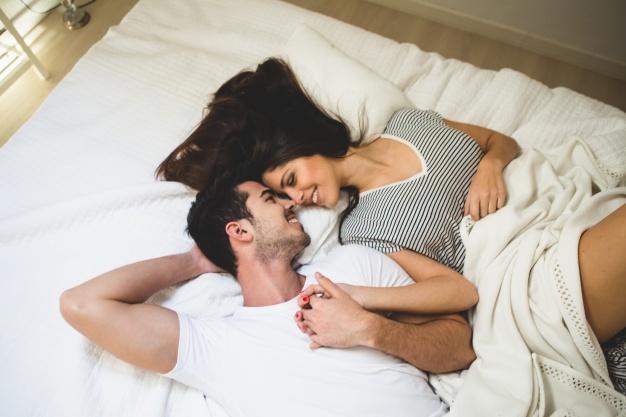 Sexo faz bem a saúde: emagrece, alivia dores e melhora aparência do rosto