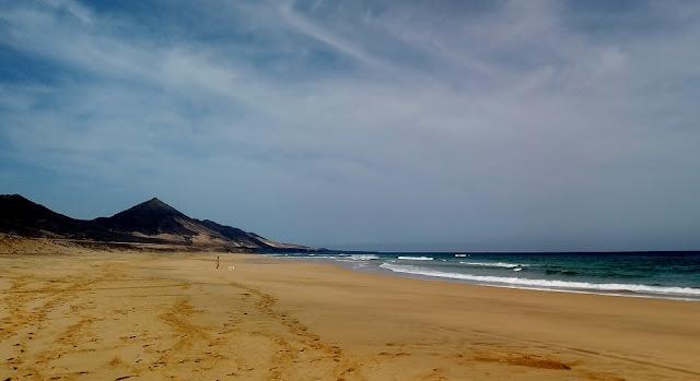 playa de cofete en fuerteventura. Perdidos en lugar perfecto.