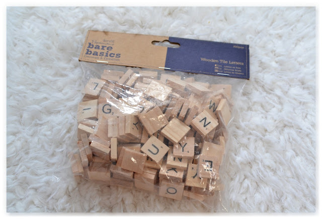 lettres scrabble en bois achetées chez Zodio Home