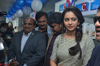 Rakul Preet Singh in a Designer saree at Launch of BIG C Show room at  Kurnool ~ Celebrities Galleries 029.jpg