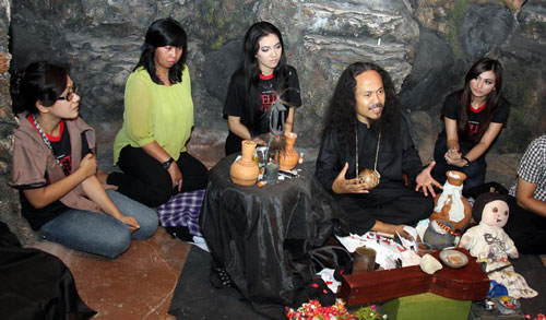 Weird Traditional Healing Practices in Indonesia