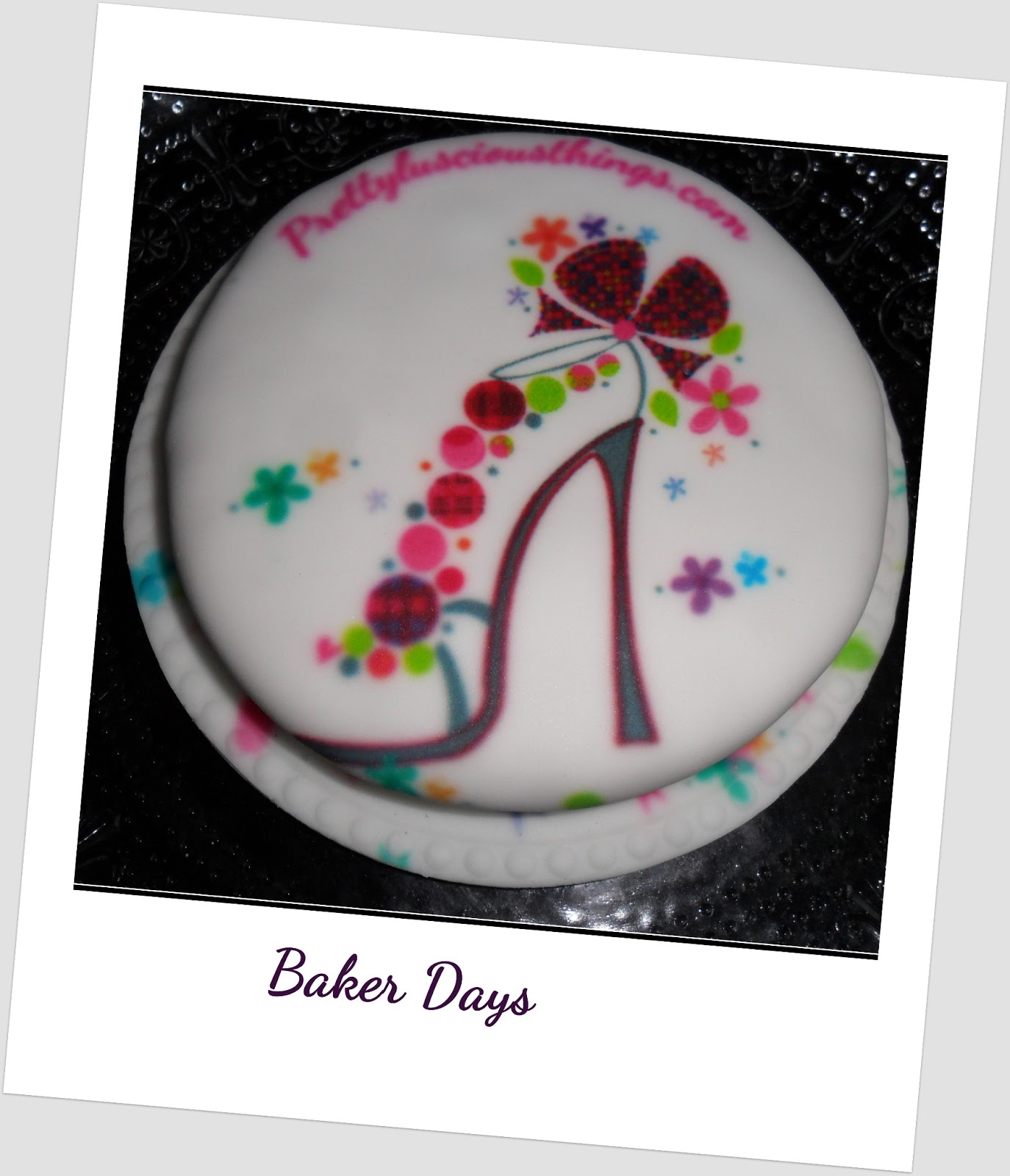 Letterbox Cakes, online cake, cake, Baker Days, Personalized Cakes