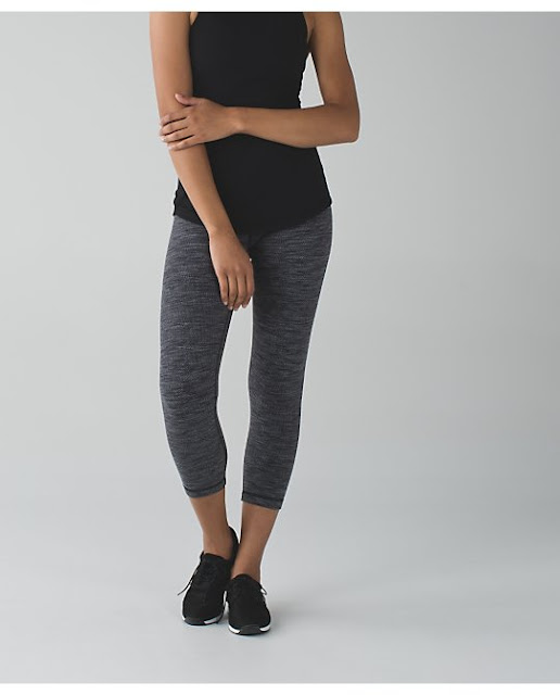 lululemon-diamond-jaquard-wunder-under-crop