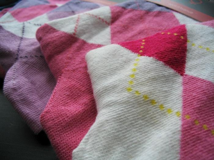 ae50a8f5038 A tímhle detailem jsou i pěkný ponožky