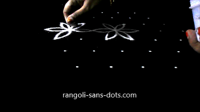Poo-kolam-with-7-dots-910ab.jpg