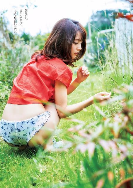 麻亜里 Maari Weekly Playboy May 2016 Photos 3