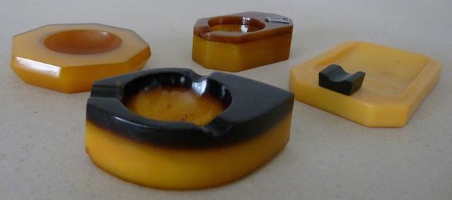popielniczki z żywicy lanej     catalin ashtrays