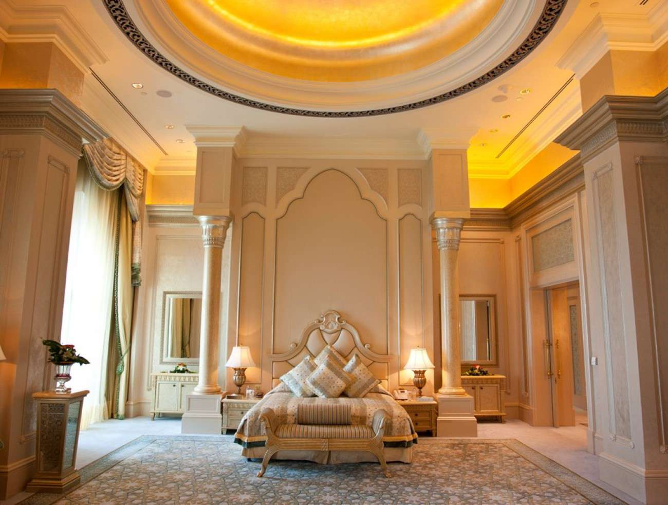Luxury Hotels Most Magnificent Hotel Suites