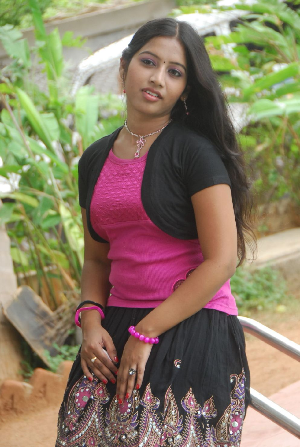 Indian Young Teen Model Fashion Glamour Model: Actress Priya Stills,South Indian Teen Actress Priya Photos