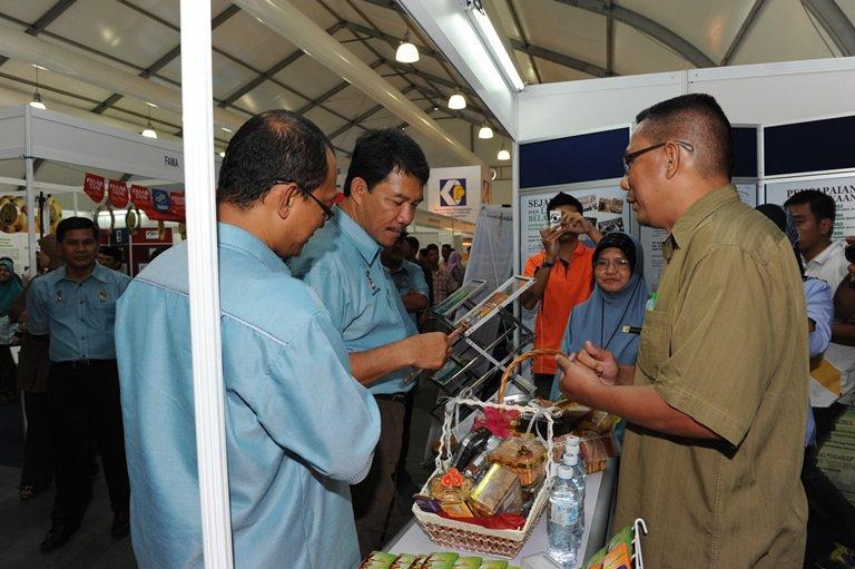Pengerusi Lembaga Pertubuhan Peladang Malaysia Dato Zainal Bin Dahlan