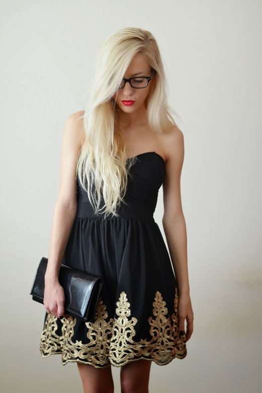 BAROQUE INSPIRED DRESS