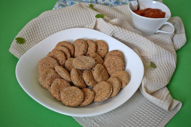 Krekeri sa susamom od integralnog brašna