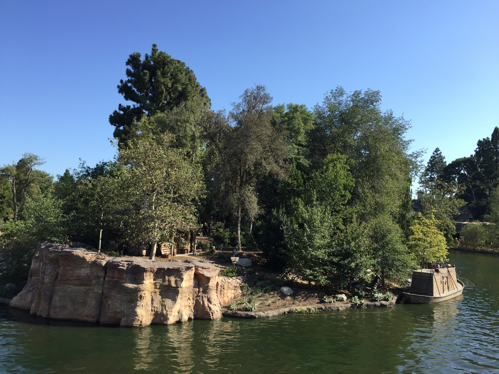 Laura's Miscellaneous Musings: Today at Disneyland: Return of the Classics