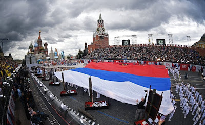 Sözüm Rus dilinə qarşı kampaniya aparanlaradır