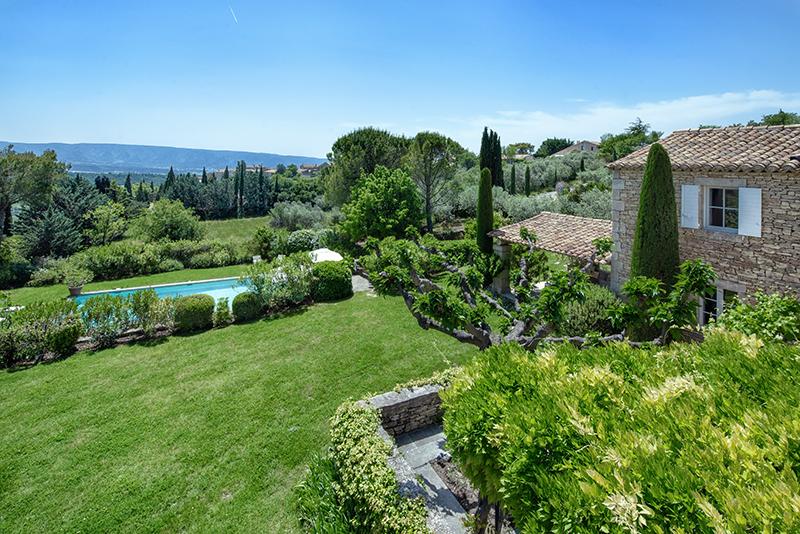 Grande propriété à Gordes, jardin.