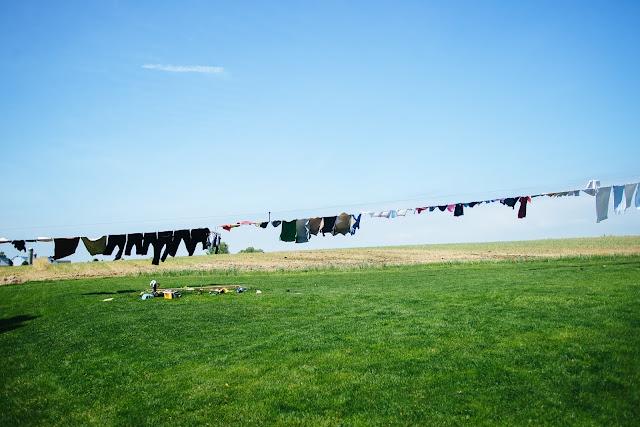 amišové_suší_prádlo