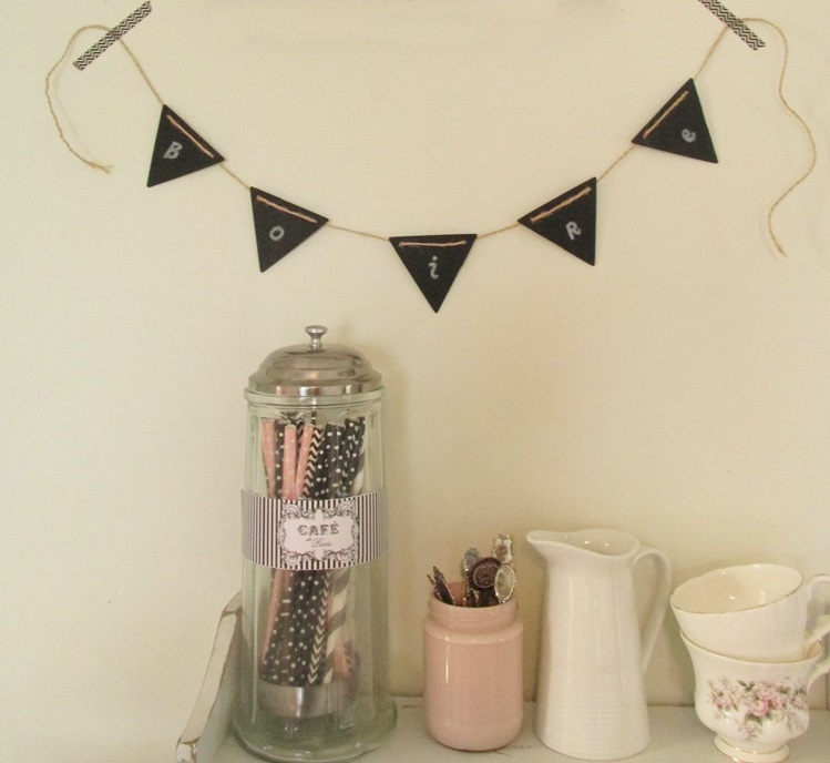 Mini Blackboard Bunting and paper straws from pop Roc parties