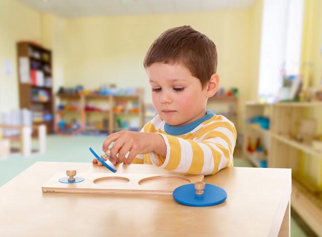 [Oggi mamme] Metodo Montessori: il riassunto di cosa ci insegna