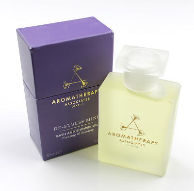 Aromatherapy Associates De-Stress Mind Bath & Shower Oil Luxury review
