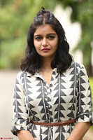 Swathi Reddy Looks super cute at London Babulu theatrical trailer launch ~  Exclusive 055.JPG
