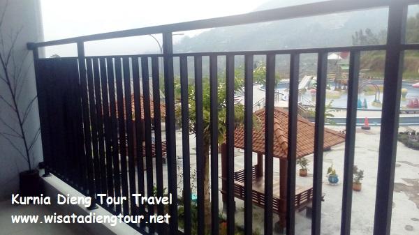 gambar pemandangan di hotel dqiano dieng