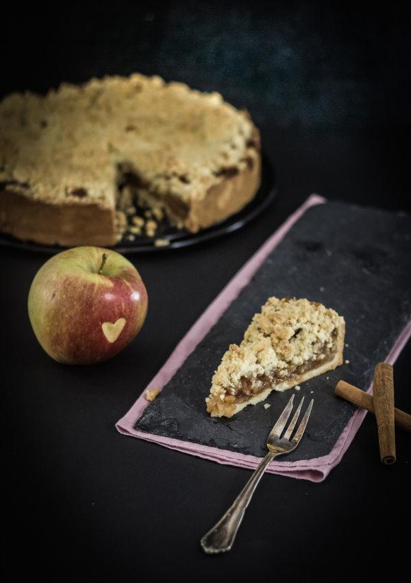 So schmeckt der Herbst: Bratapfel-Kuchen - ein einfaches Rezept für die Kaffeetafel! by titatoni.de