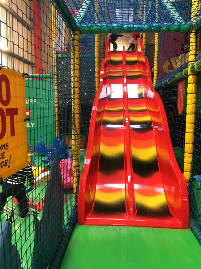 ants-inya-pants-soft-play-cardiff-boy-at-top-of-slide