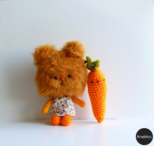 Plush doll and little carrot