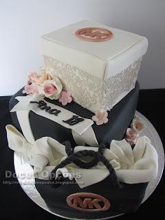 bolo de aniversário Michael Kors bragança