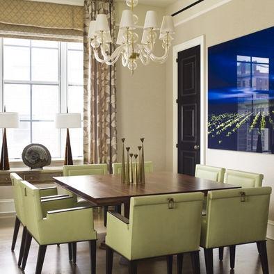 decoração de sala de jantar com mesa de madeira