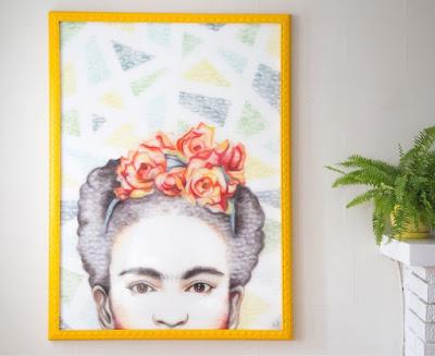 Frida kahlo. pintura con labial
