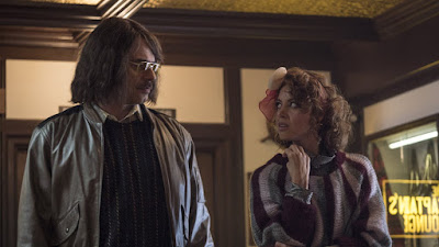 An Evening with Beverly Luff Linn 2018 movie still Aubrey Plaza Jemaine Clement
