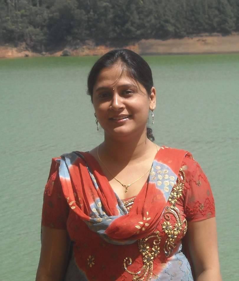 Indian Actress Hot Pics Real Indian Hot Aunties Photos-4477