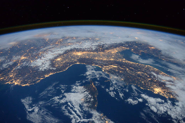 View of the Earth from the International Space Station. Thanks to Nasa.