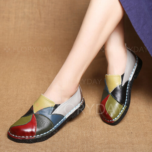 Split Joint Closed Toe Low Heel Shoes