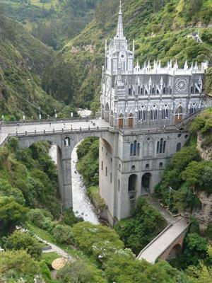 UN LUGAR: aLas Lajas Cathedral 3
