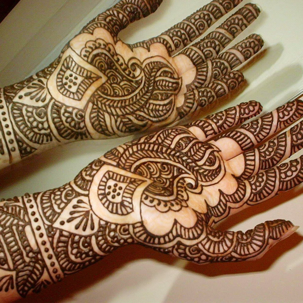 Mehndi Party Meaning : Rajasthani bridal mehndi designs for looks gorgeous