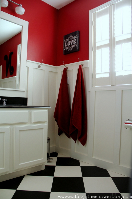Red, white and black kids bathroom