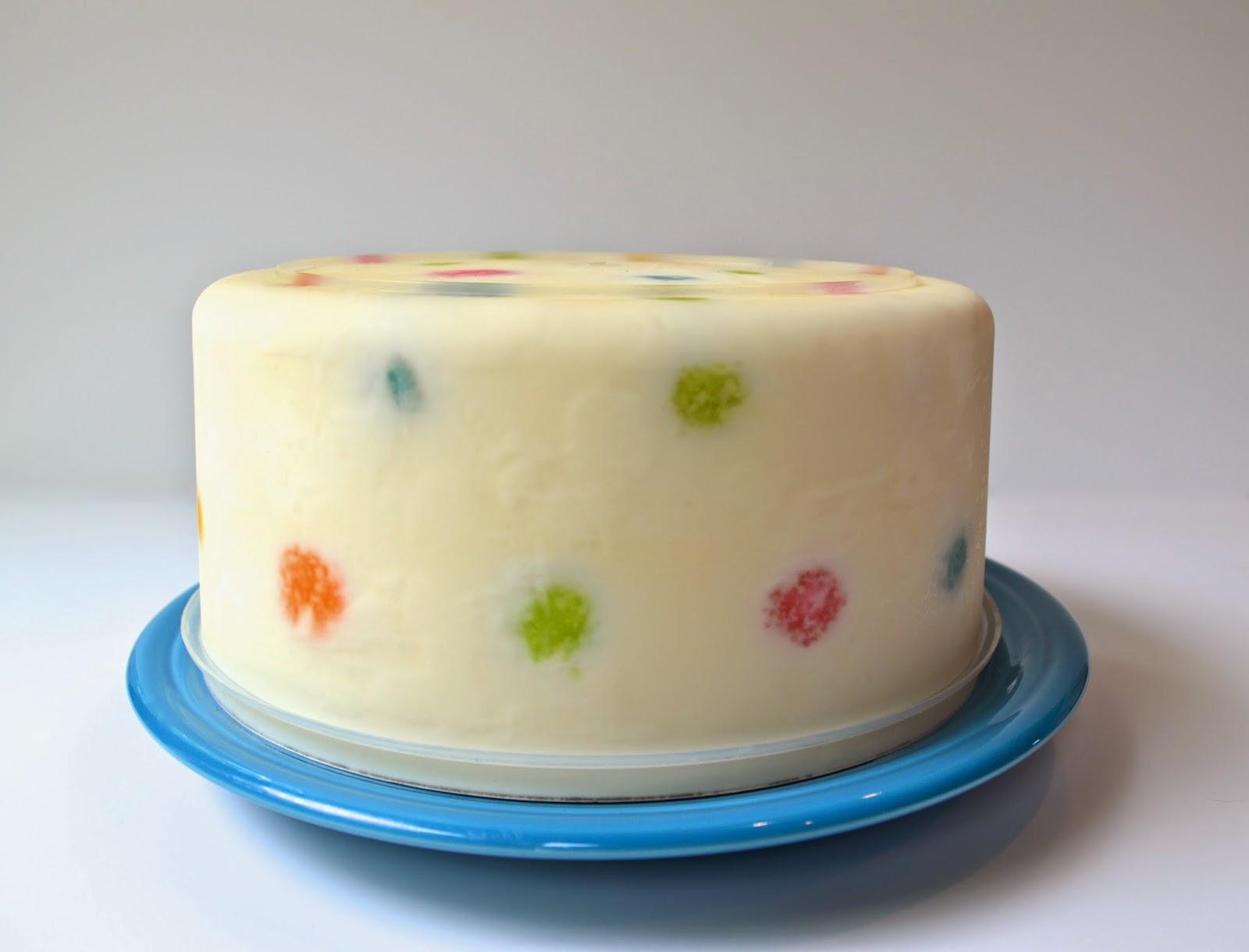 polka-dot-suprise-inside-cake-ice-cream-free-tutorial-KUTV2_deborah-stauch