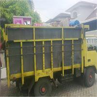 Jasa Pindahan dengan truk.