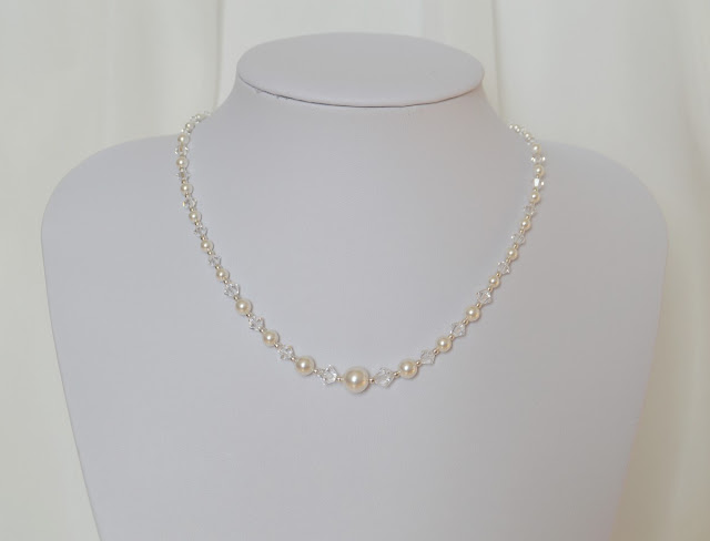 collier perles et cristaux